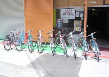 世界的ブランドの自転車がズラリ 「レンタサイクル」